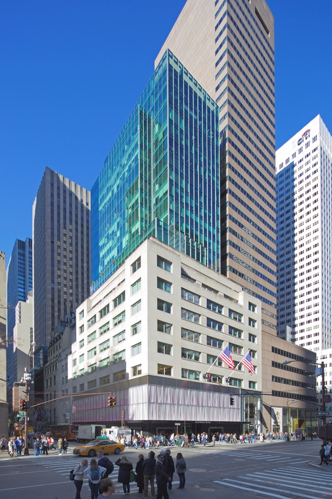 image of 640 FIFTH AVENUE
