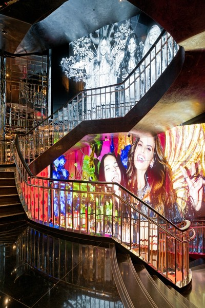 Victoria Secret Interior Staircase