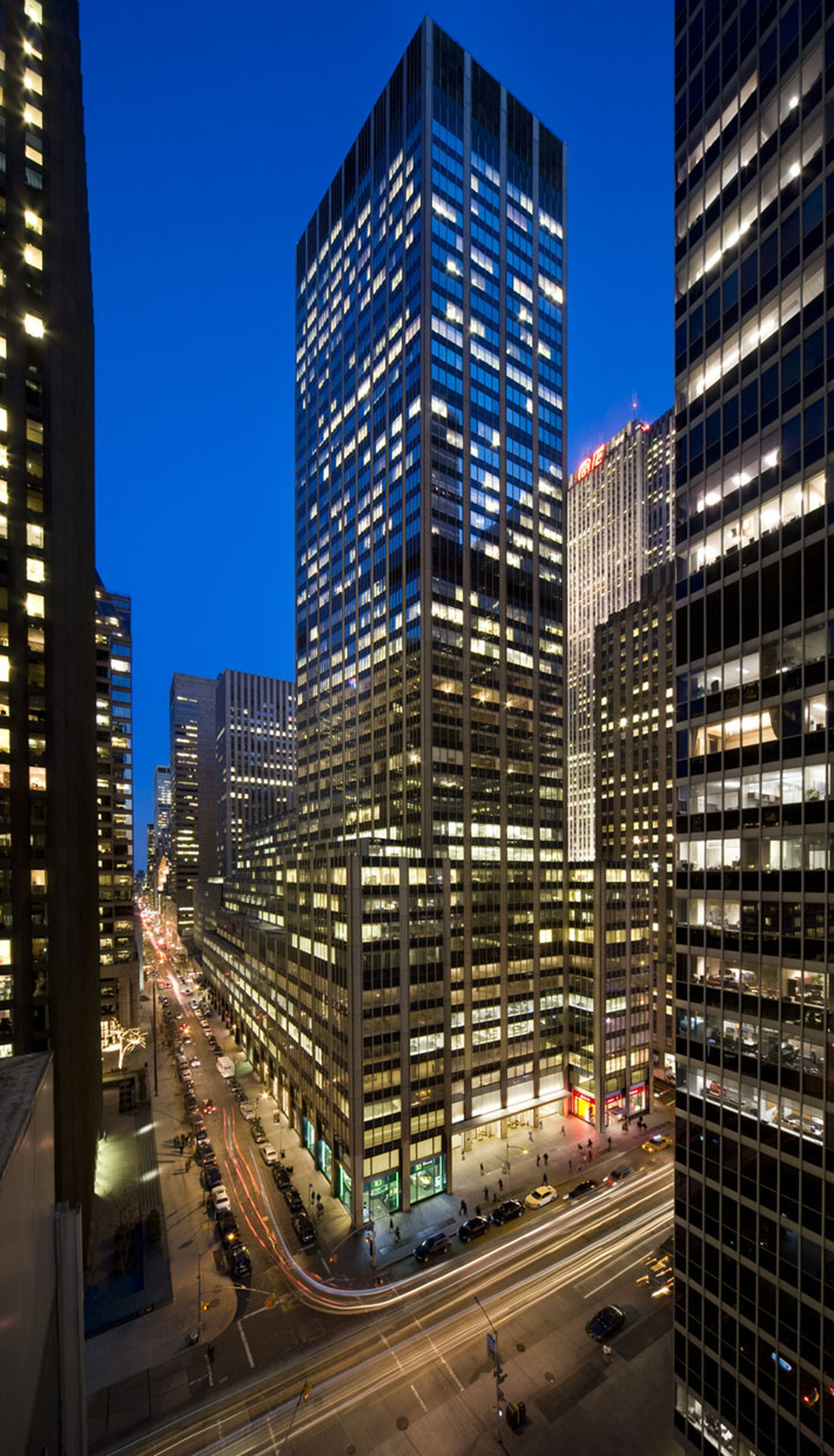 image of 1290 AVENUE OF THE AMERICAS